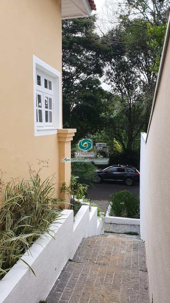 Casa em Cotia, no bairro Jardim das Flores