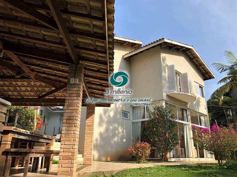 Casa em Cotia, no bairro Petit Village