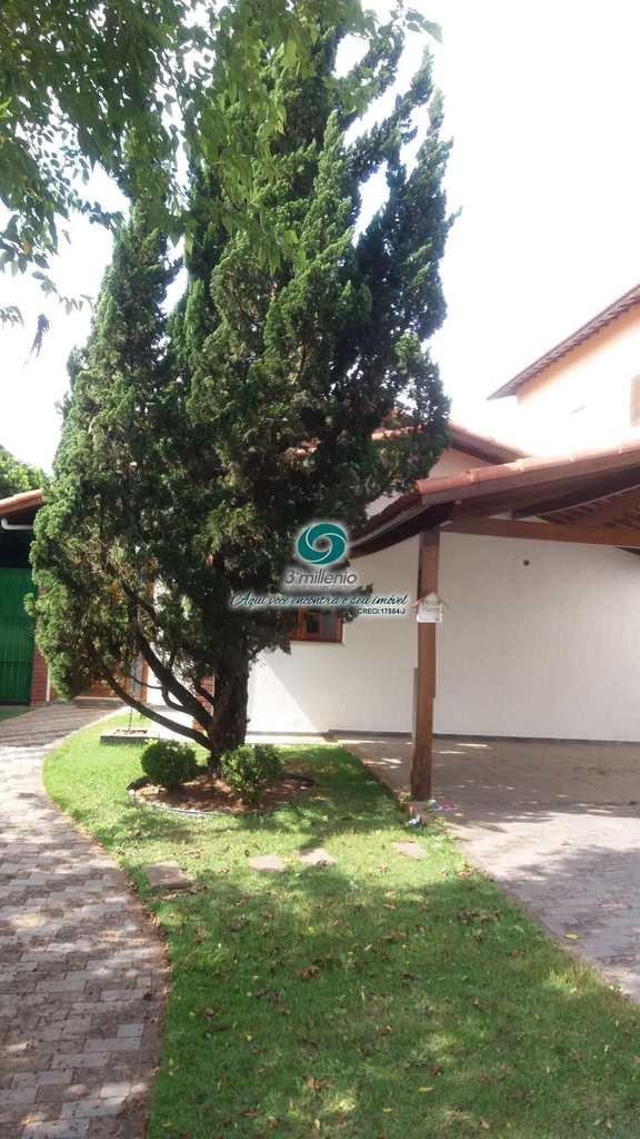 Casa em Cotia, no bairro Parque Paulistano