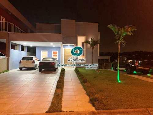 Casa, código 30722 em Jandira, bairro Reserva Santa Maria