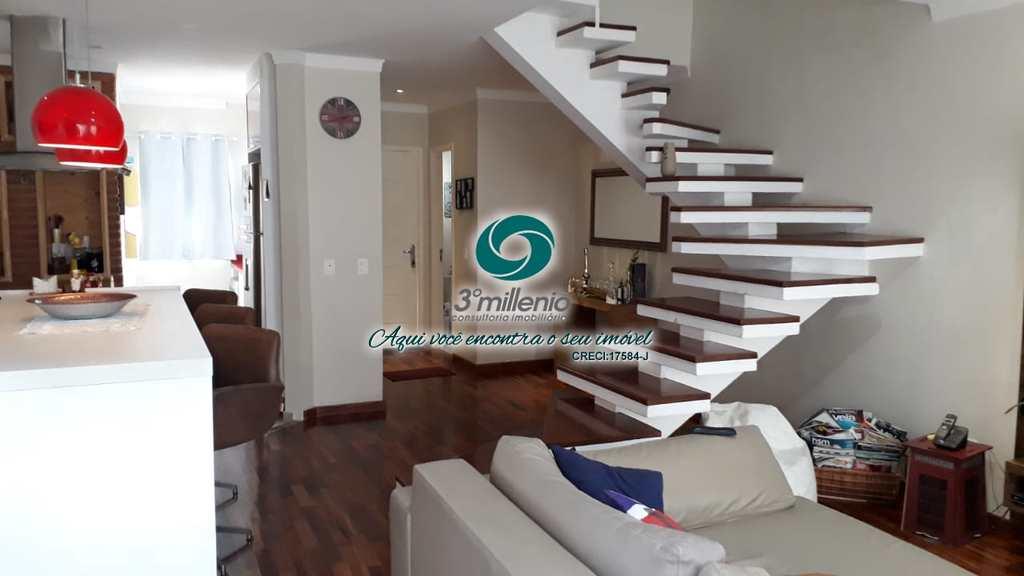 Casa em Cotia, no bairro Residencial Quebec