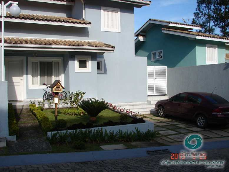 Casa em Cotia, no bairro Villagio DI Fiesoli
