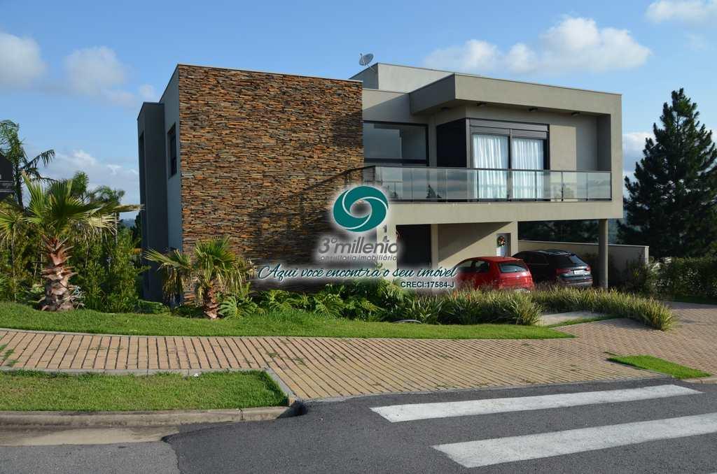 Casa em Carapicuíba, no bairro Alphaville Granja Viana