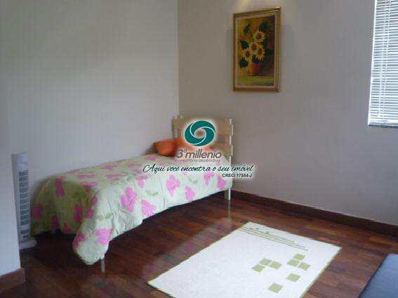 Casa em Cotia, no bairro Colinas de São Fernando