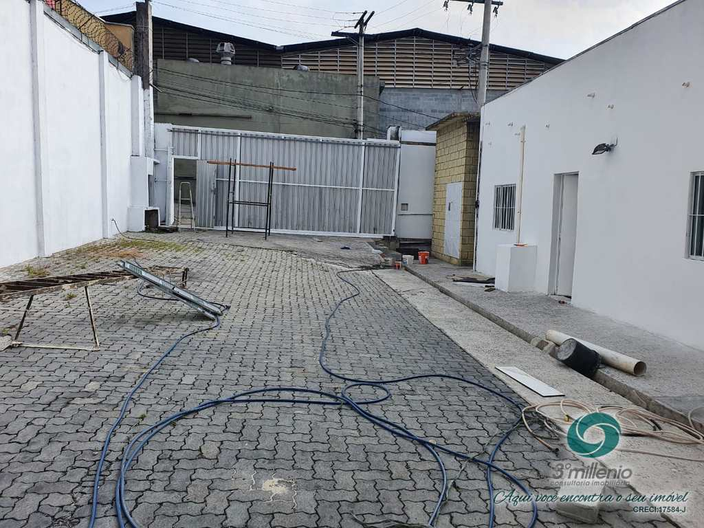 Galpão Industrial em Cotia, no bairro Jardim Colibri