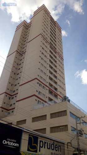 Apartamento, código 710 em Presidente Prudente, bairro Centro