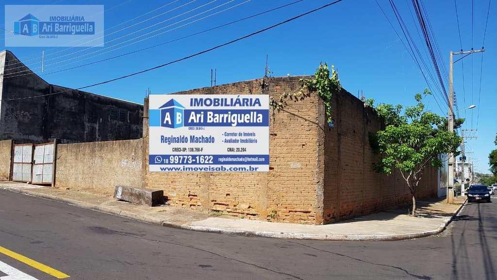 Terreno Comercial em Presidente Prudente, no bairro Jardim Petrópolis