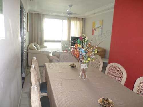 Apartamento, código 2398 em Guarujá, bairro Pitangueiras