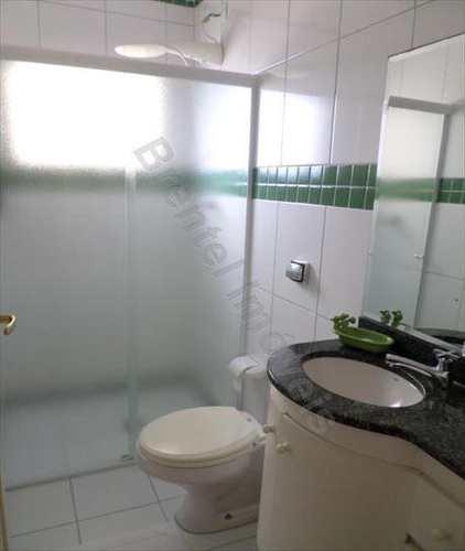 Apartamento, código 2394 em Guarujá, bairro Pitangueiras