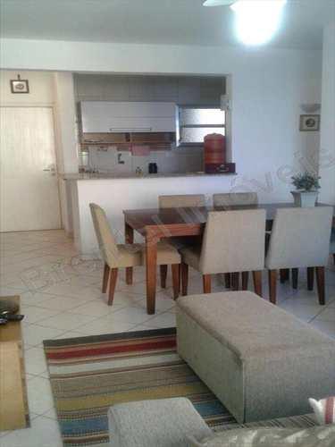 Apartamento, código 2304 em Guarujá, bairro Pitangueiras