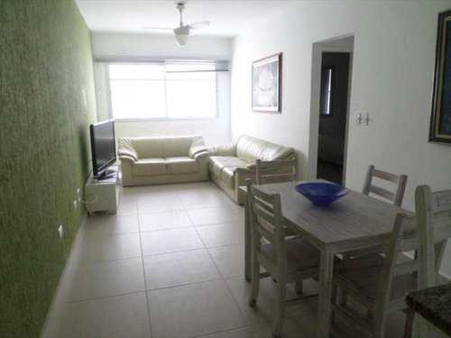 Apartamento, código 2110 em Guarujá, bairro Pitangueiras
