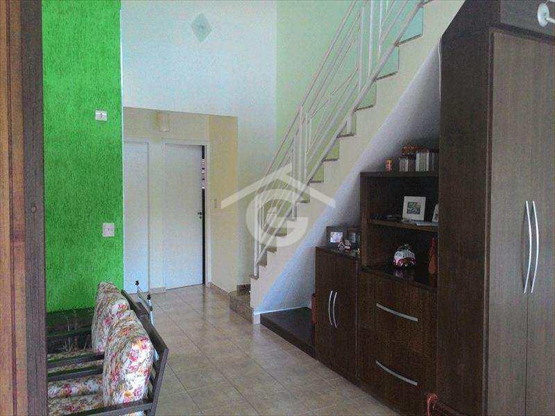Casa em Guararema, no bairro Residencial Ponte de Pedra