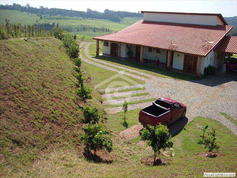 Sítio em Guararema, no bairro Ponte Alta