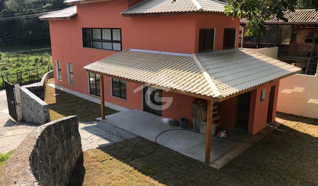 Casa em Guararema, bairro Itaoca