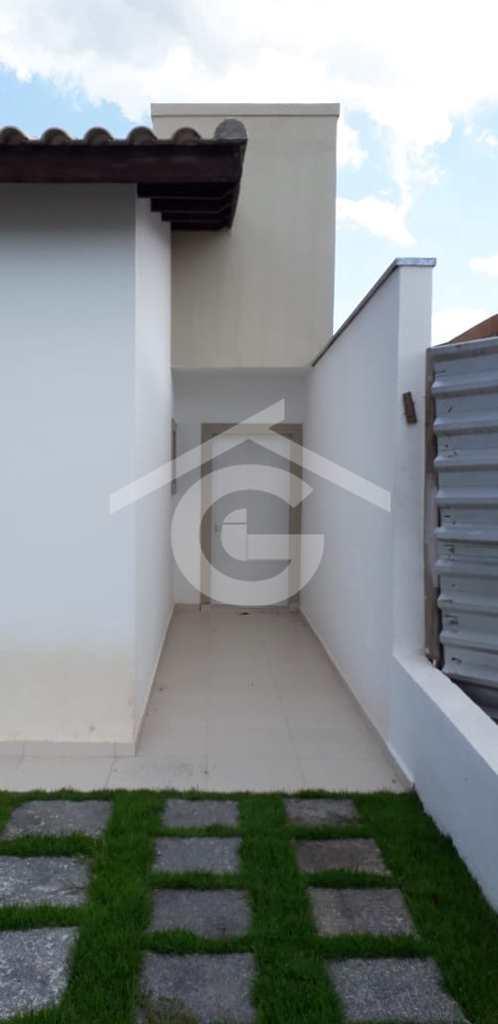Casa em Guararema, no bairro Residencial Bellard