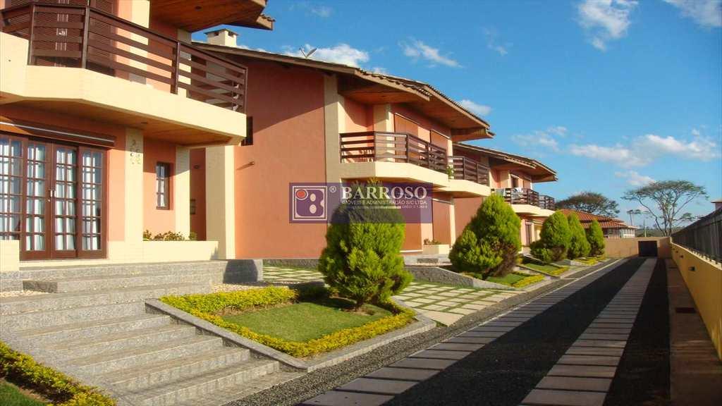 Casa em Serra Negra, no bairro Belvedere do Lago