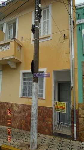 Casa, código 2498 em Serra Negra, bairro Centro