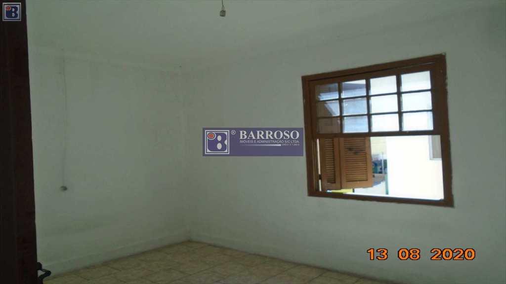 Casa em Serra Negra, no bairro Centro