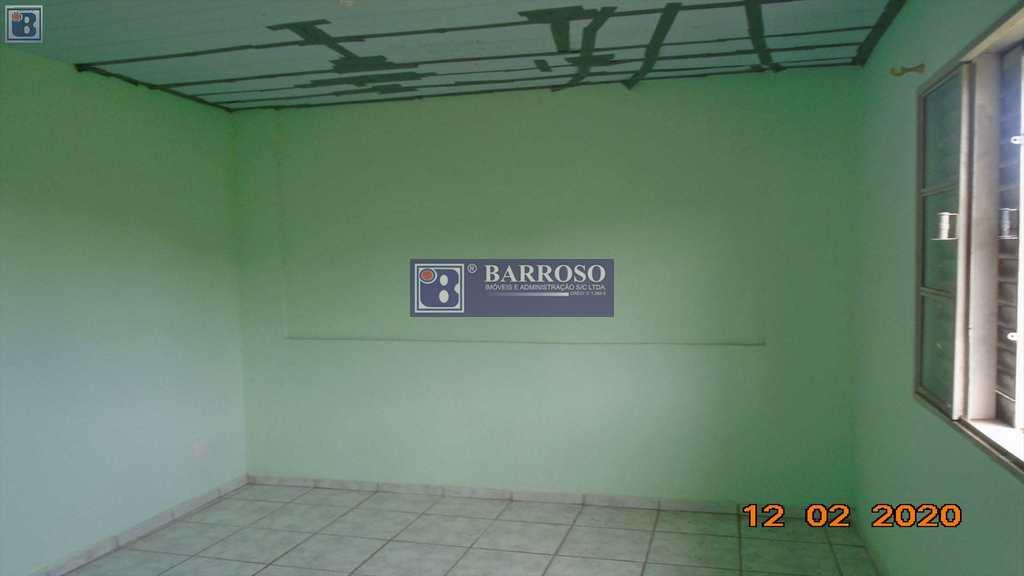 Casa em Serra Negra, no bairro Jardim Serrano