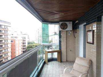 Apartamento, código 3146 em Santos, bairro Embaré