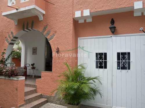 Casa, código 3420 em Santos, bairro Vila Rica