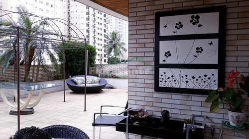 Apartamento, código 3669 em Santos, bairro Boqueirão