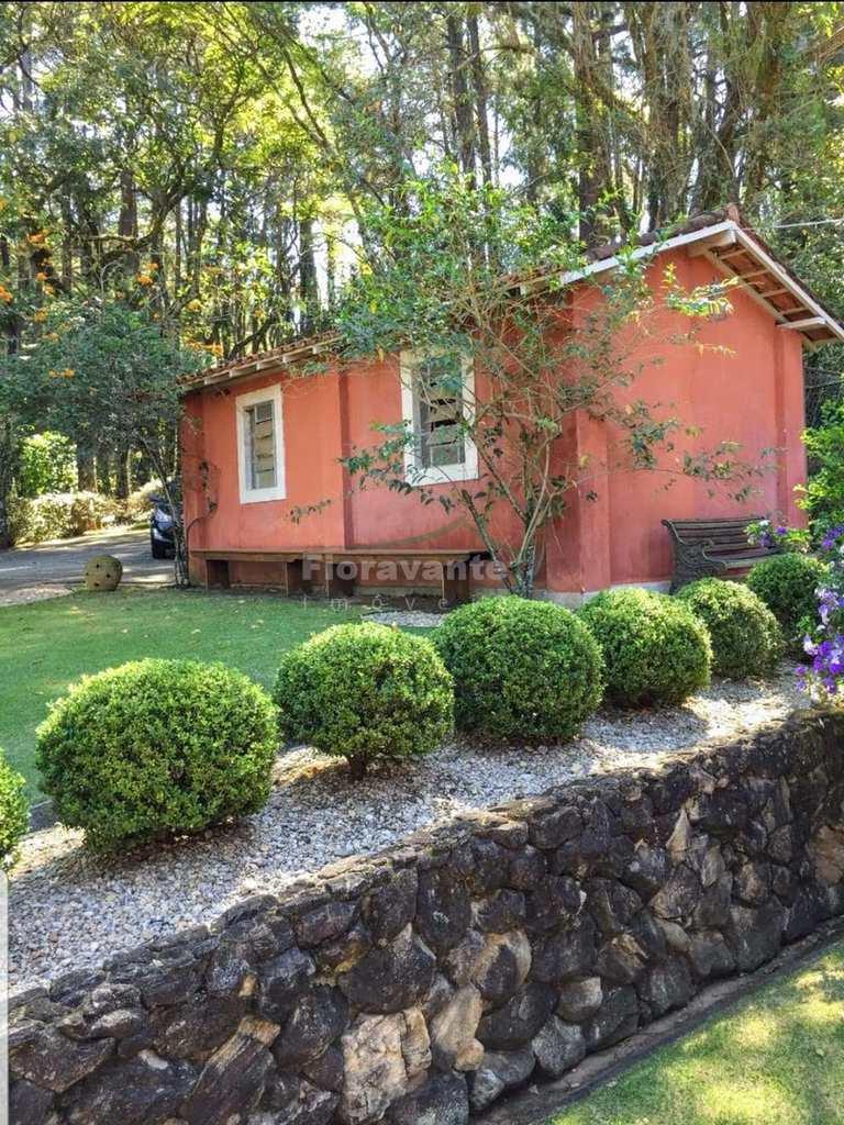 Casa em Serra Negra, no bairro Posses