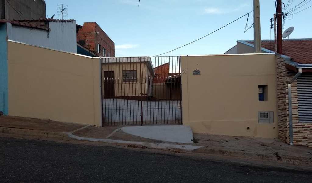 Casa em Tatuí, bairro Vila Bandeirantes