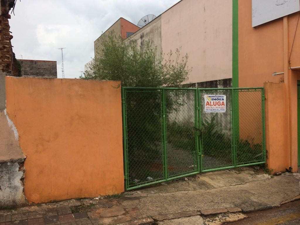 Terreno Comercial em Tatuí, bairro Centro