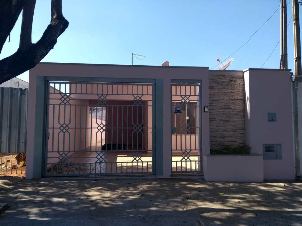 Casa em Tatuí, no bairro Jardim Manoel de Abreu
