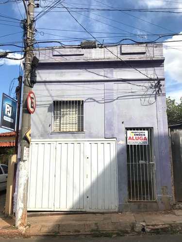 Casa, código 64 em Tatuí, bairro Centro