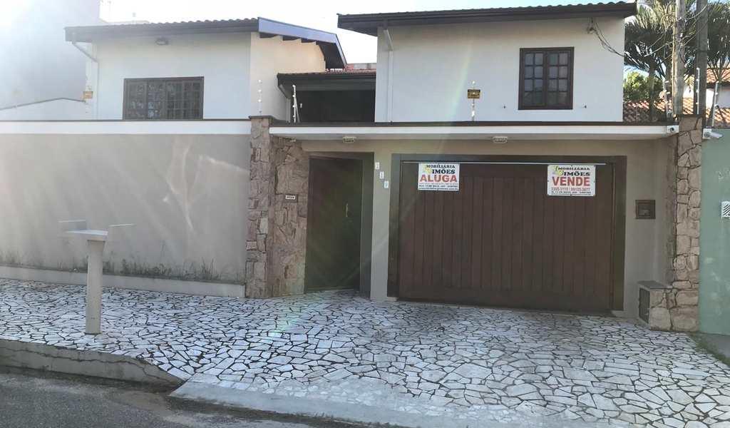 Casa em Tatuí, bairro Colina Verde