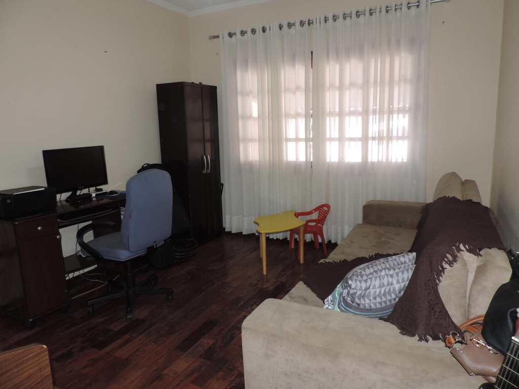 Casa em Tatuí, bairro Parque Santa Maria
