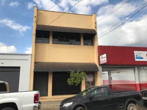 Salão, código 80 em Tatuí, bairro Centro
