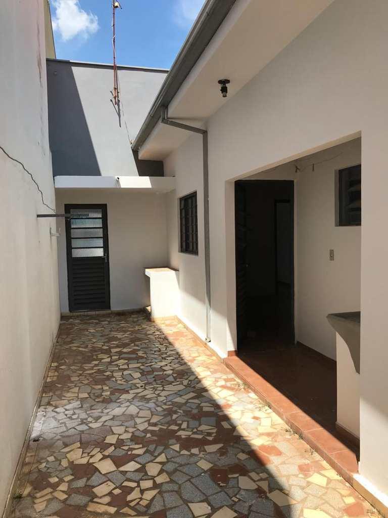 Casa em Tatuí, bairro Jardim XI de Agosto