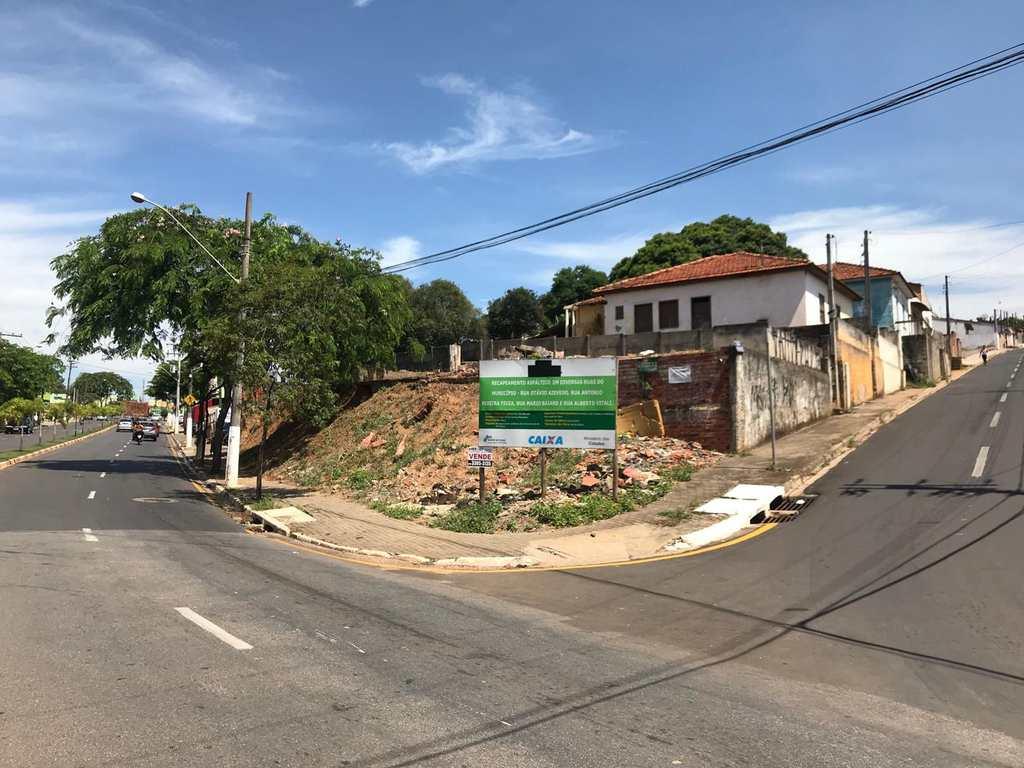 Terreno Comercial em Tatuí, no bairro Vila São Cristóvão