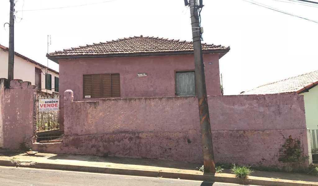 Casa em Tatuí, bairro Vila Santa Adelia