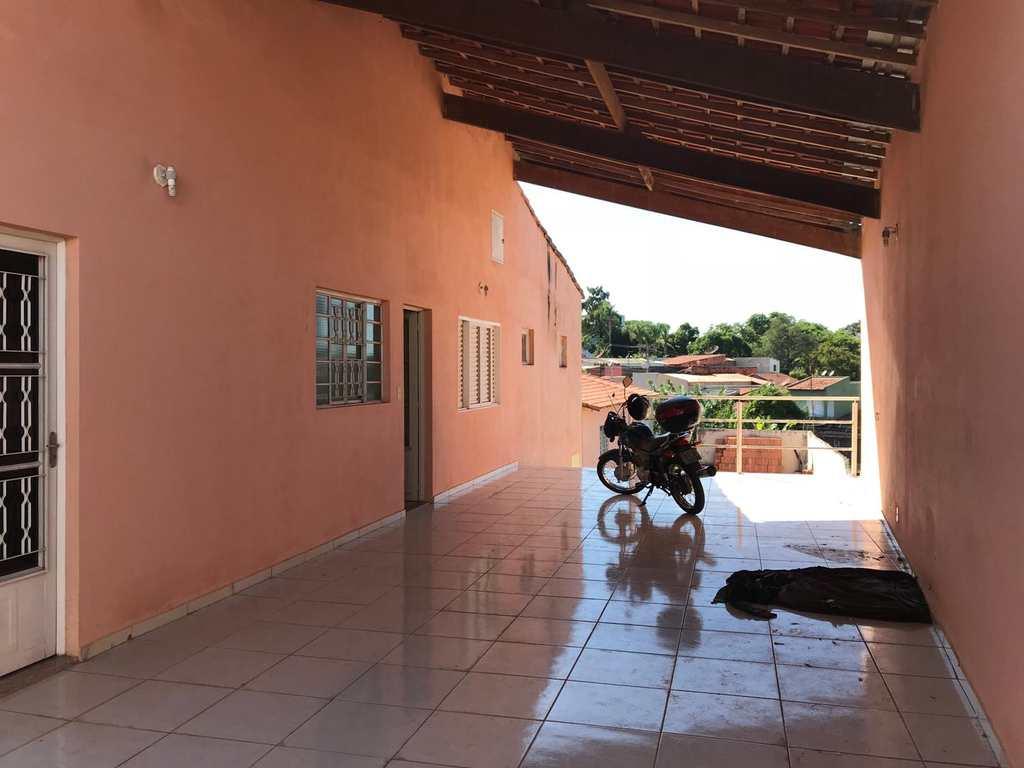 Casa em Tatuí, no bairro Vila São Cristóvão