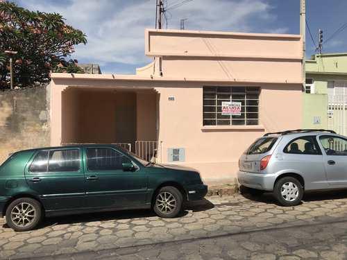 Casa, código 213 em Tatuí, bairro Centro
