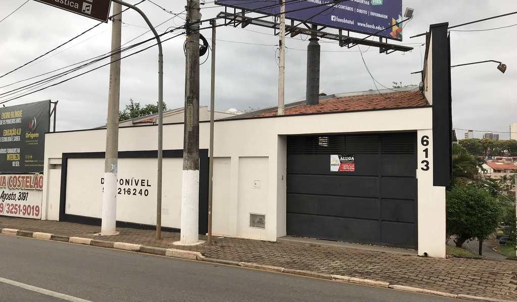 Casa em Tatuí, bairro Vila São Cristóvão