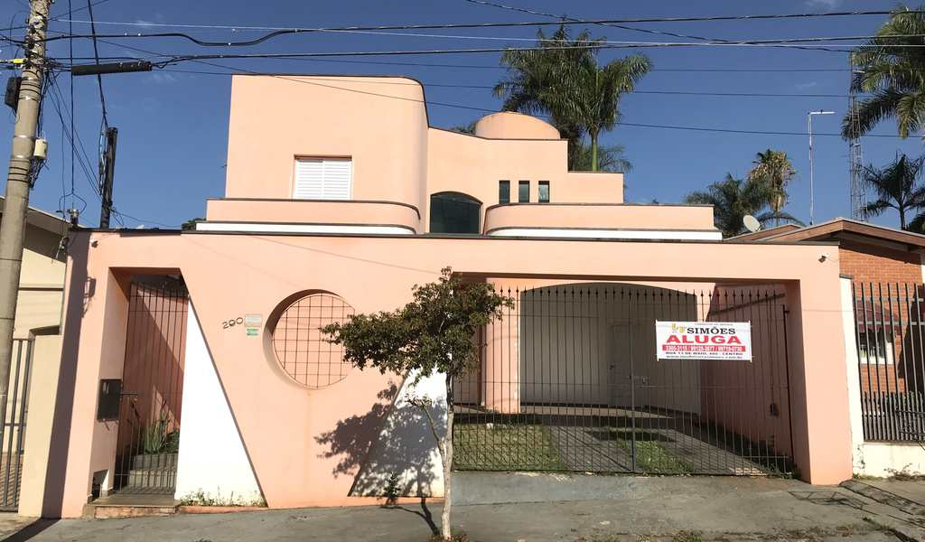 Casa em Tatuí, bairro Chácara Junqueira