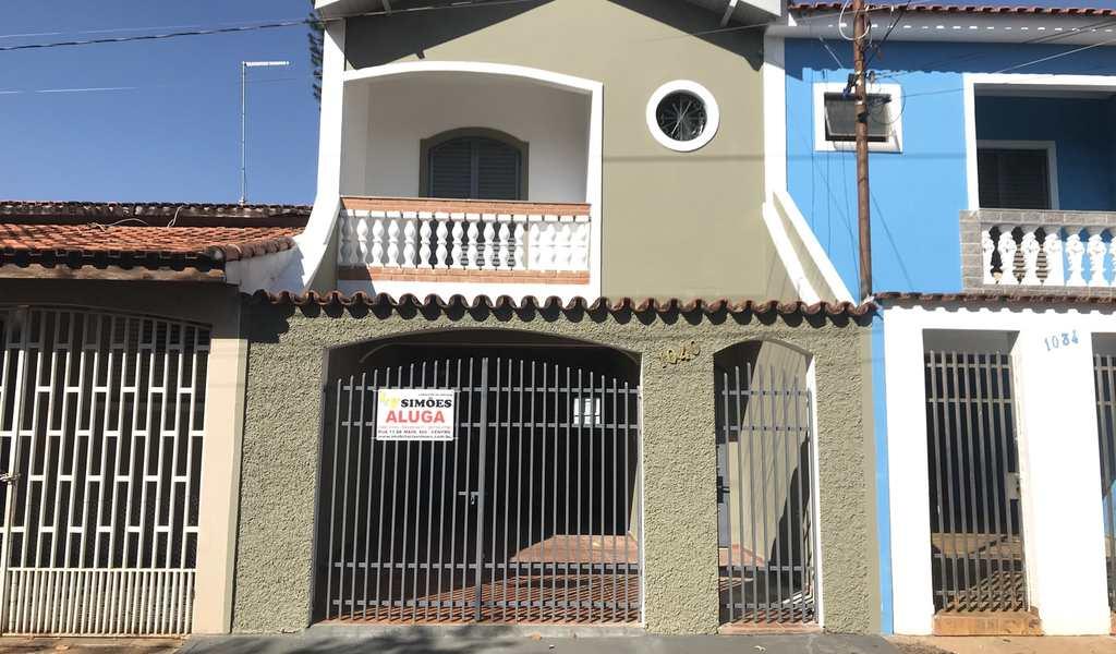 Casa em Tatuí, bairro Vila Doutor Laurindo