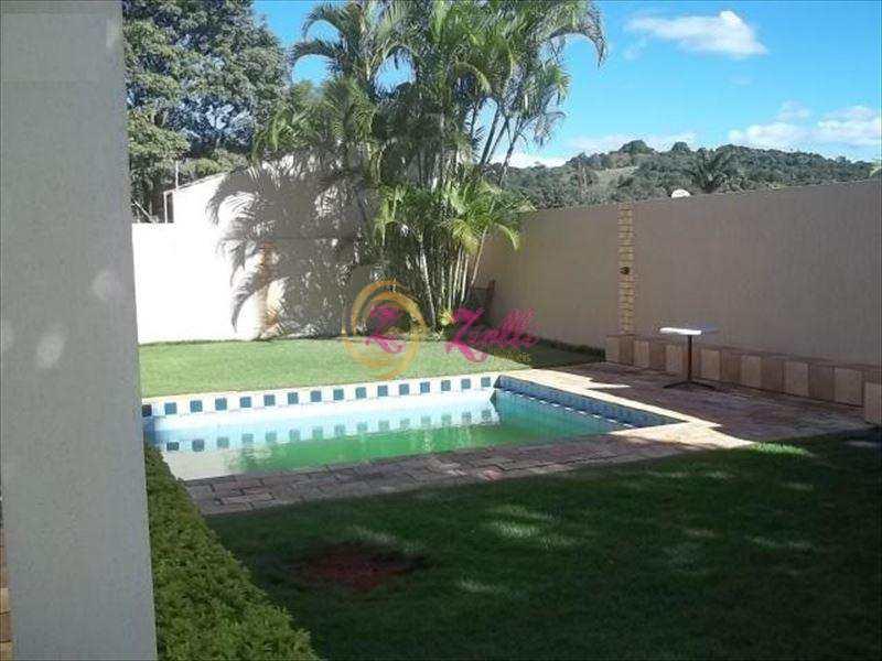 Sobrado em Atibaia, bairro Parque Residencial Nirvana