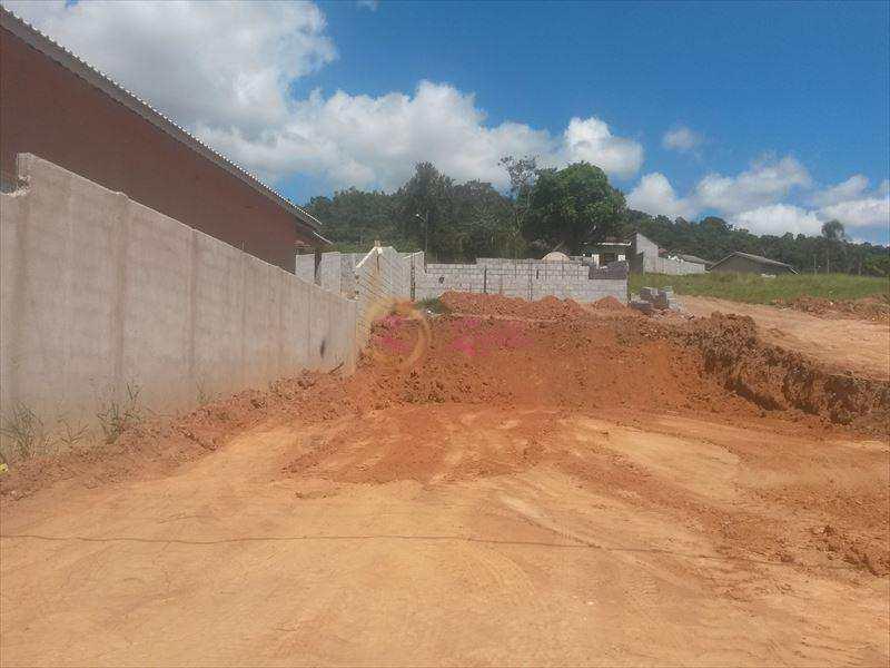 Sobrado em Atibaia, bairro Jardim das Flores