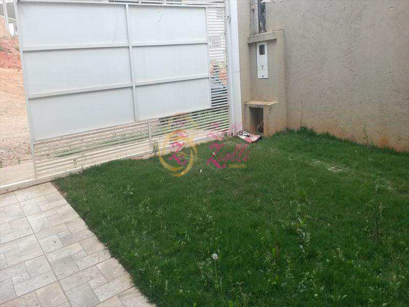 Sobrado em Atibaia, bairro Jardim Maristela