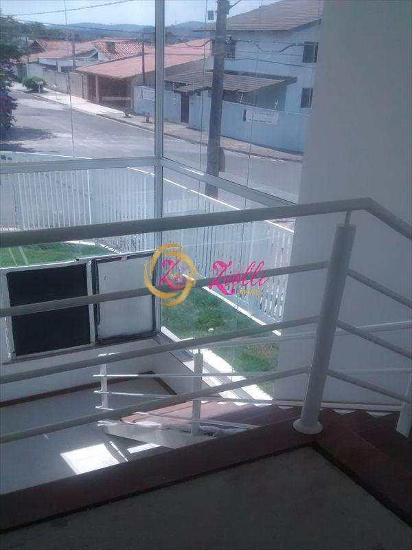 Sobrado em Atibaia, bairro Loteamento Loanda