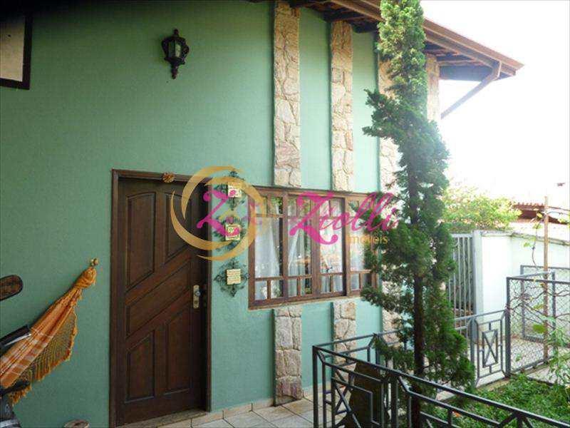 Casa em Atibaia, bairro Vila Gardênia
