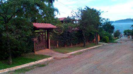 Terreno de Condomínio em Bom Jesus dos Perdões, bairro Condomínio