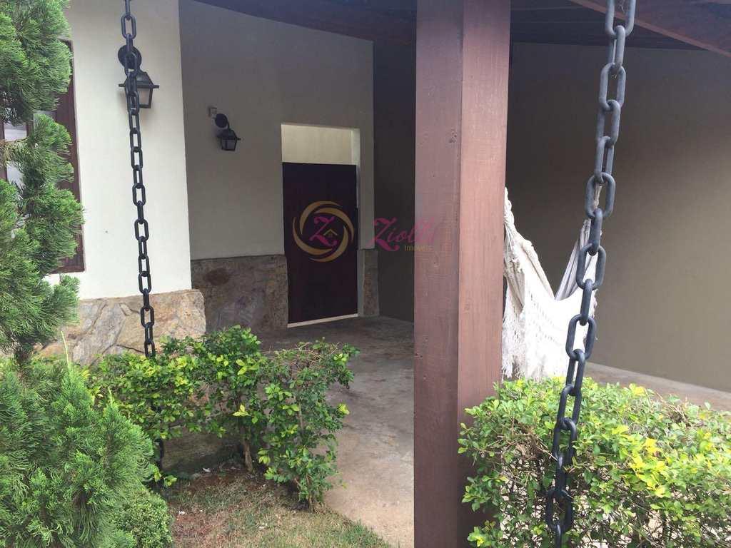 Casa em Bom Jesus dos Perdões, bairro Marf I