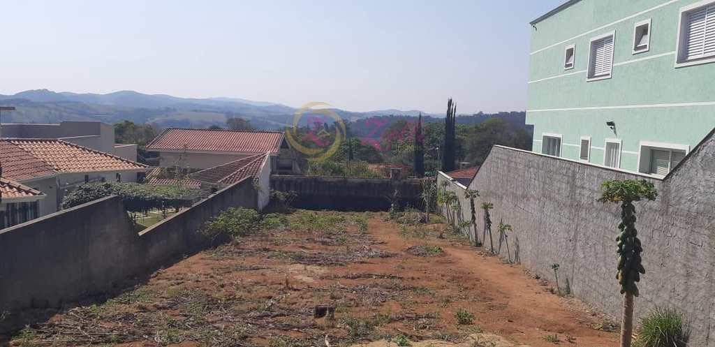 Terreno em Atibaia, no bairro Jardim dos Pinheiros